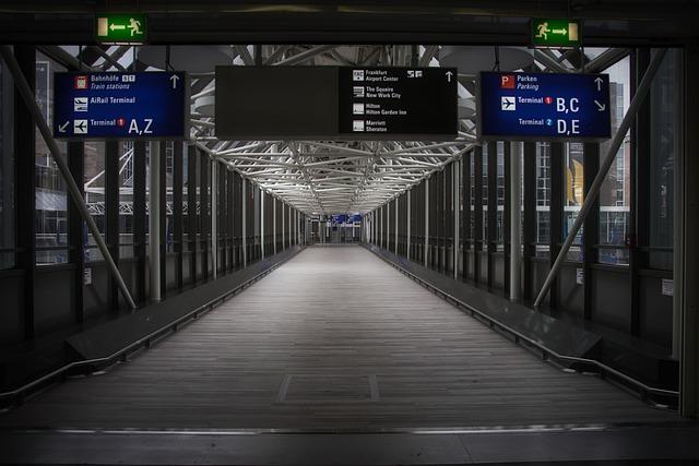 tiket kereta bandara di Traveloka